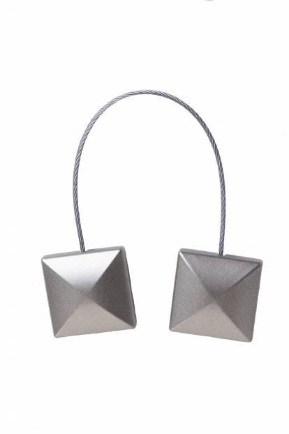 Квадратен сребрист магнит за завеса с матово покритие
