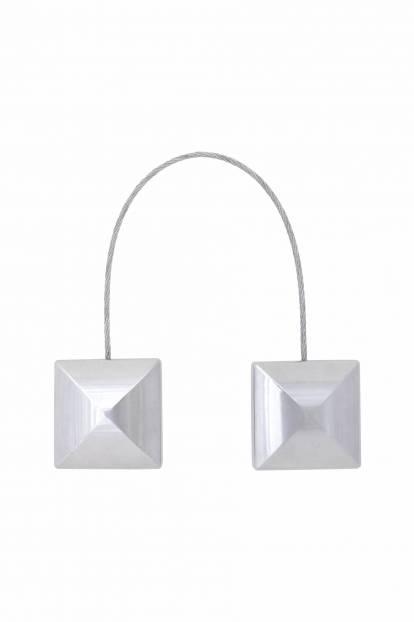 Квадратен магнит за завеса