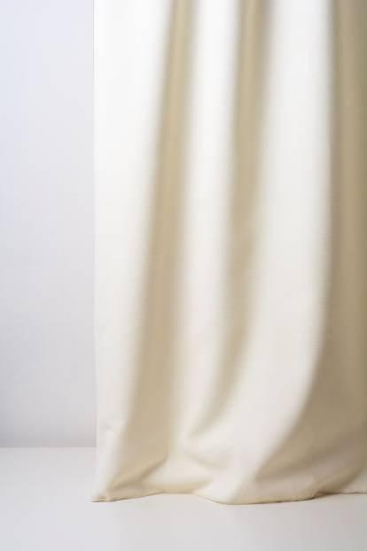 Плътна мека завеса