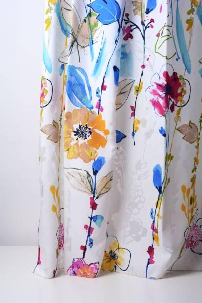 Деворе с цветни цветя