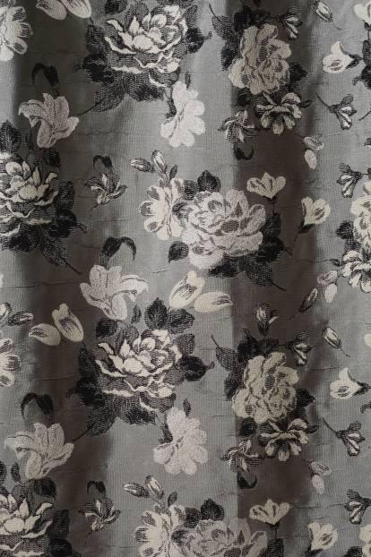 Плътна завеса с цветя в черно и бяло