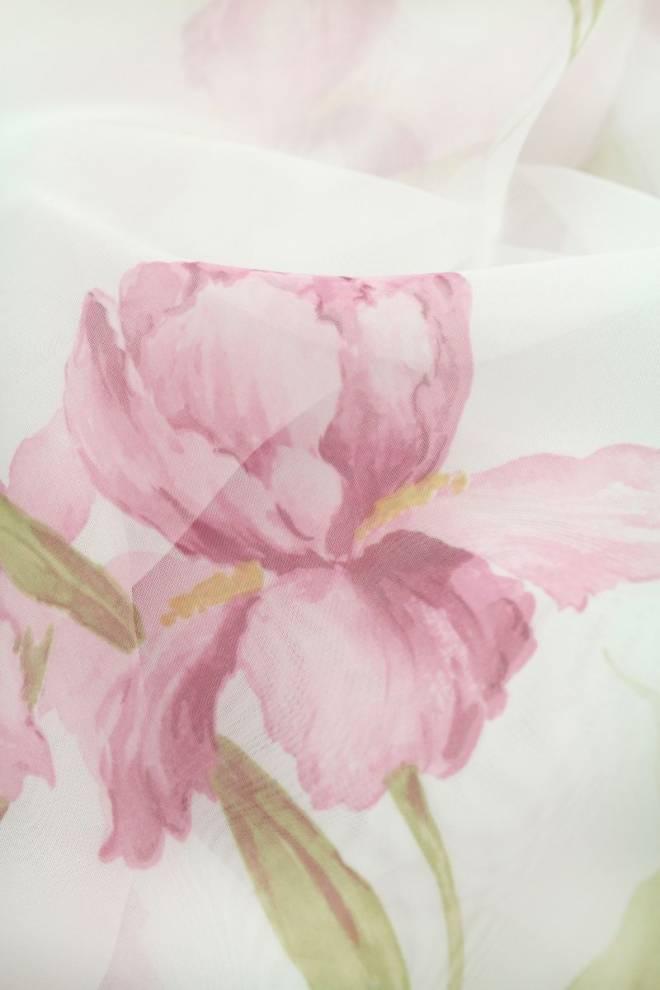 Полупрозрачно перде с цветя