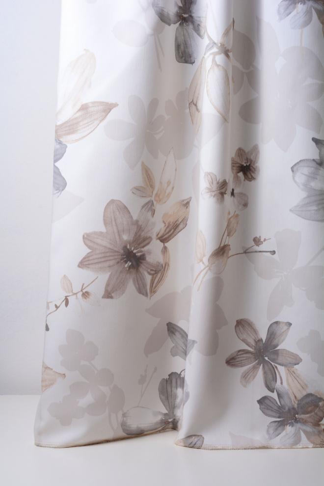 Плътна мека завеса с цветя в крем и слонова кост