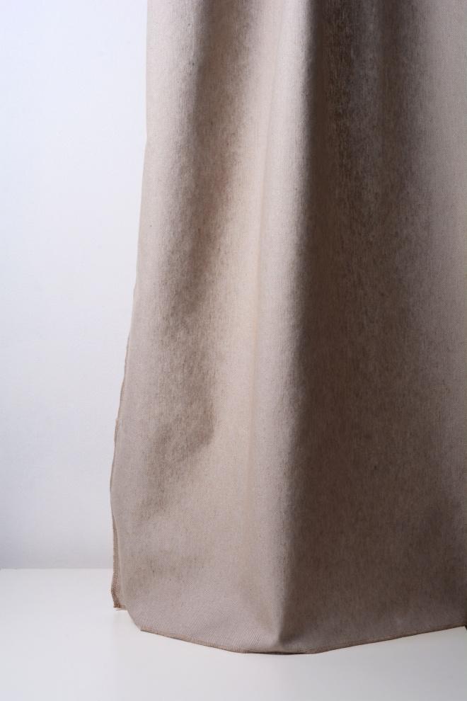 Завеса със средна плътност дюс