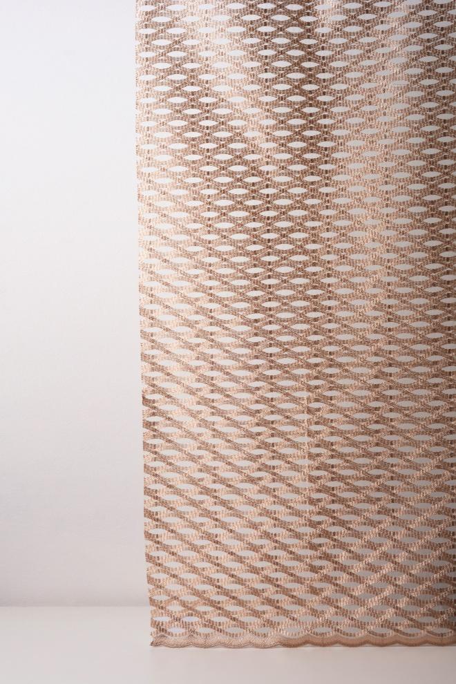Мрежа дюс с вълнообразна шарка