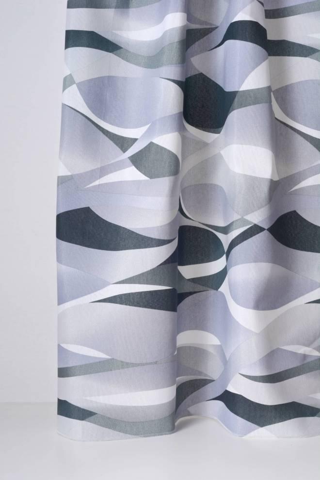 Плътна завеса с преплитащи се шарки