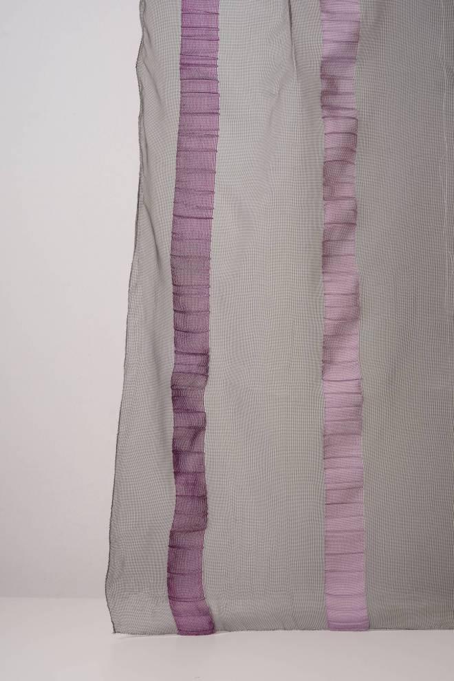 Фабрично намачкана органза дюс с едри вертикални райета