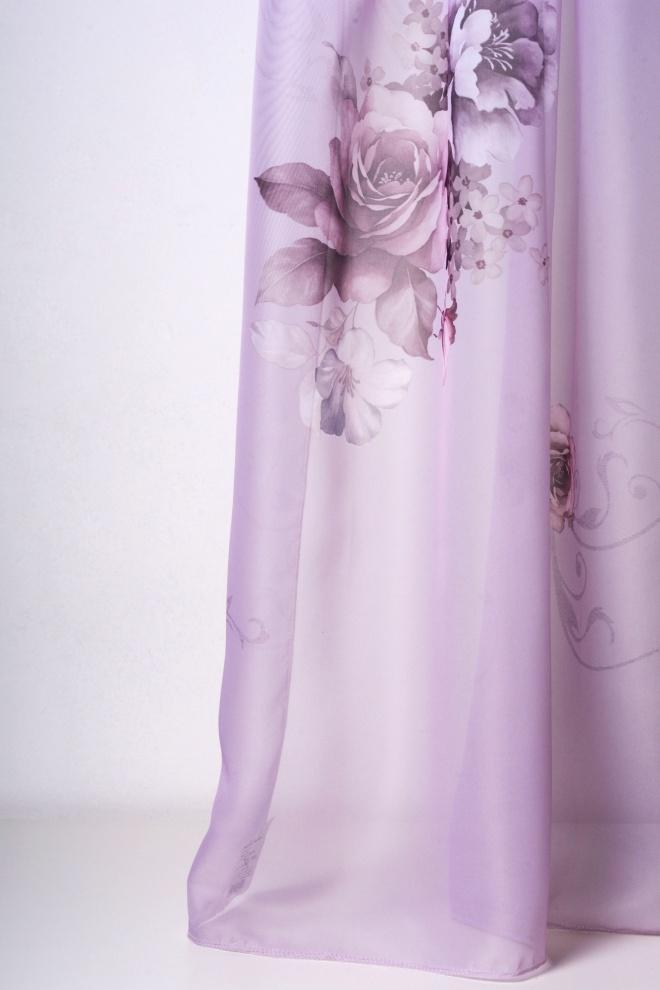 Прозрачно перде в лилаво с рози
