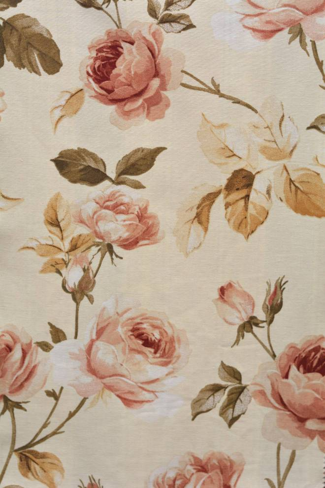 Плътна завеса с цветя