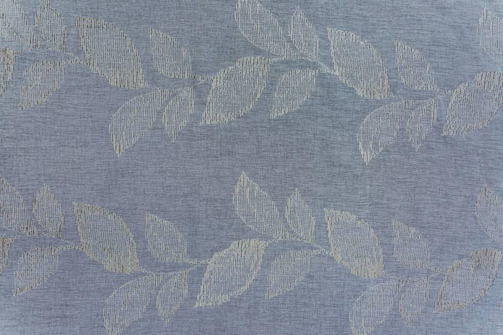 Полупрозрачен дюс с втъкани листа