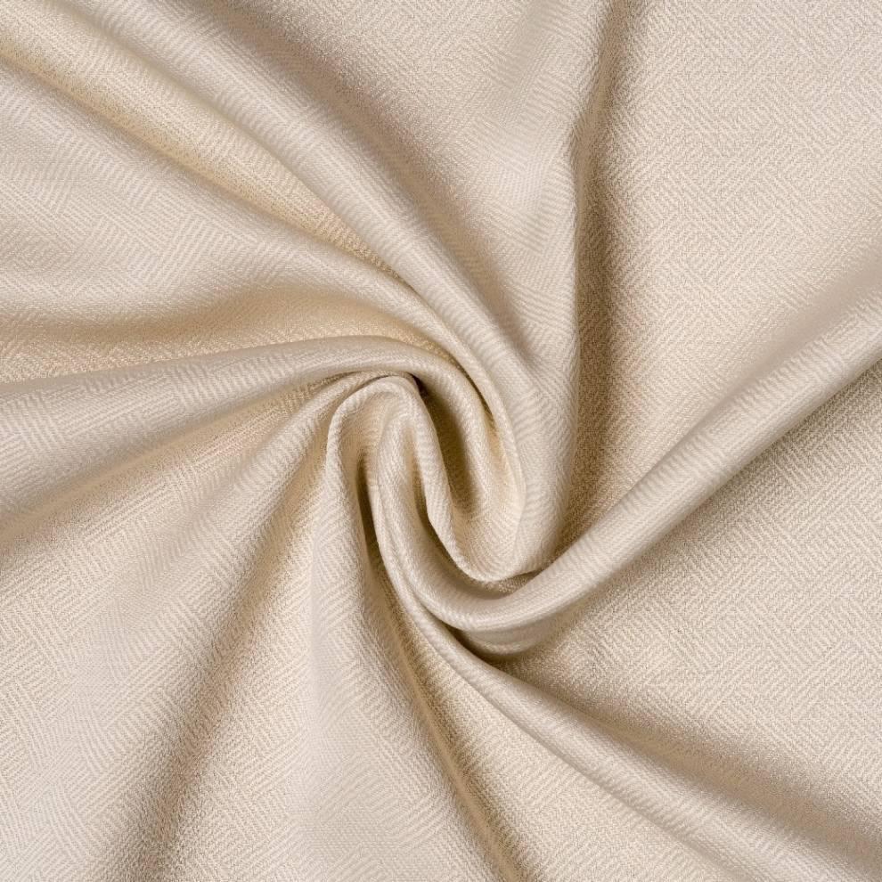 Плътна мека завеса с лека шарка