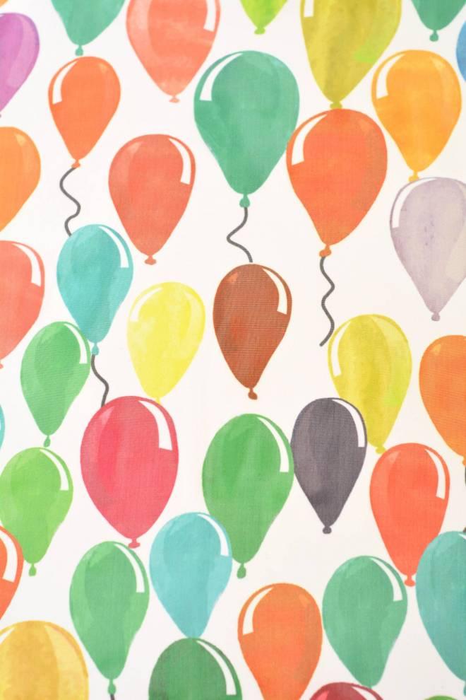 Детски воал с шарени балони