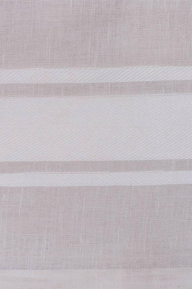 Ленена завеса с плътни вертикални райета