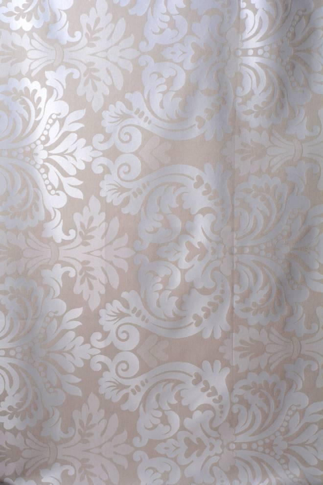 Жакардова завеса в бежово с орнаменти