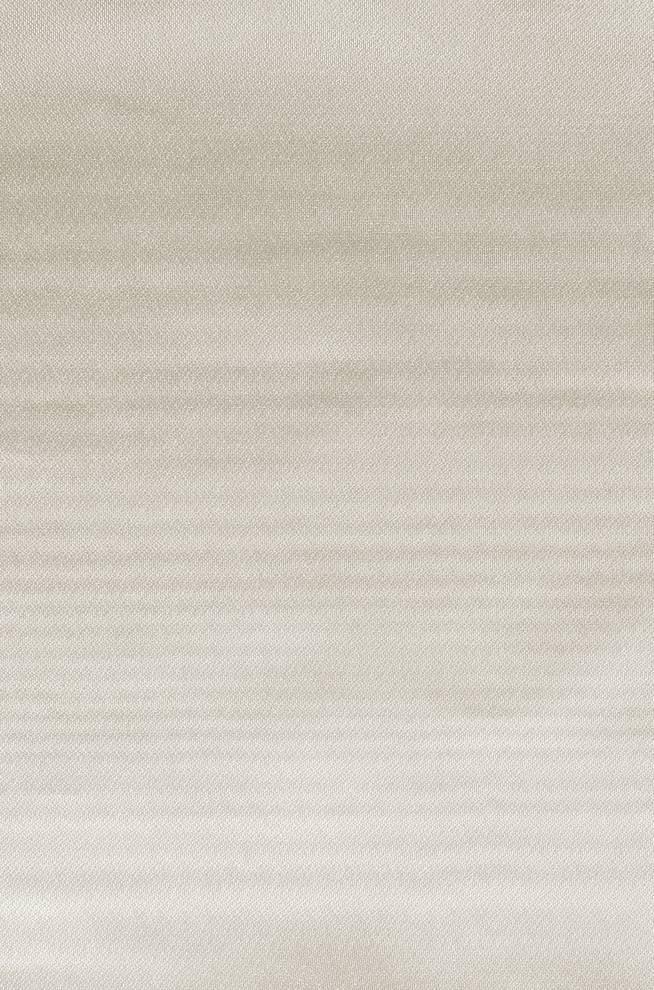 Полупрозрачен мек воал с перлен отблясък