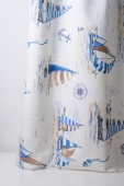 Плътна завеса с мотив на платноходки в бяло и синьо